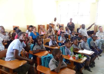 Les premières séances de formation à l'EFACAP réunissent les professeurs et les élèves qui découvrent en même temps cette nouvelle manière d'apprendre et d'enseigner !
