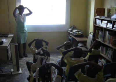 A l'école maternelle Youpi Youpi, la classe numérique a lieu par petits groupes.