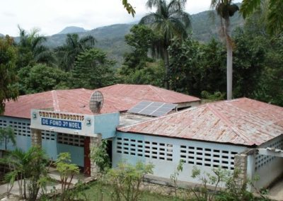 The school with solar panels and satelitte connexion