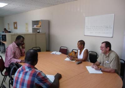 Réunion du travail au MENFP pour organiser la réception de TNI offert pr le Ministère français des affaires étrangères.