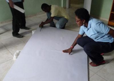 Ecole MEVA (Carrefour-feuilles - Port-au-Prince). Installation du TNI.